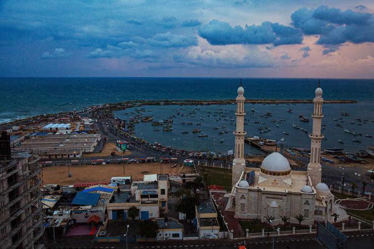 ميناء غزة لوحة فنية بنظر العوائل الفلسطينية