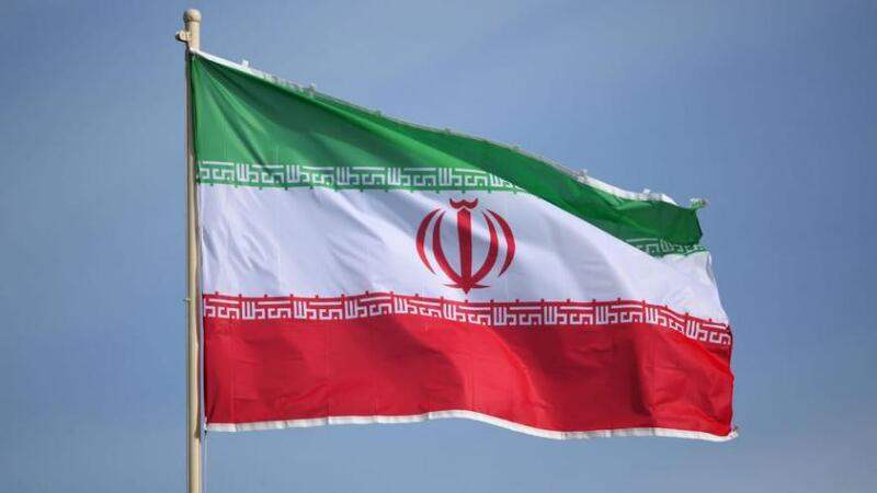 إيران تقول إنها أفرجت عن سفينة أميركية
