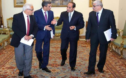عبد الفتاح السيسي مع  رؤساء الصحف المصرية