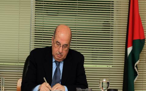 المجلس الوطني يشيد بقانون يحرم بضائع المستوطنات