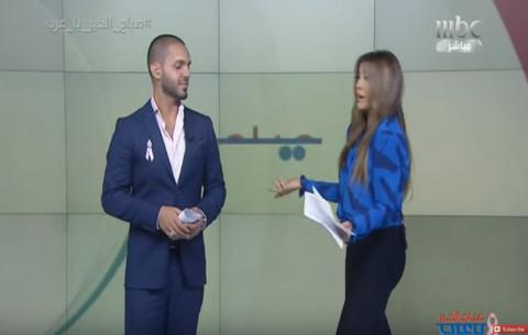 فيديو - مذيعة mbc تعاتب المخرج على الهواء مباشرة لإظهارها زائدة الوزن