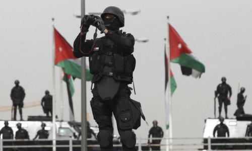 8 قتلى واعتقالات بعملية للأمن الأردني بالسلط