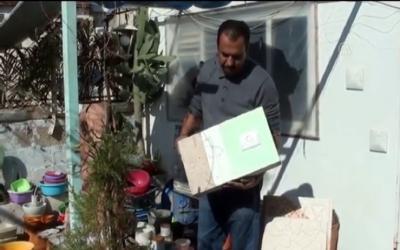 طوب من ورق بأيدٍ فلسطينية تنتظر براءة الاختراع