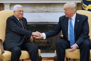 دونالد ترامب ومحمود عباس