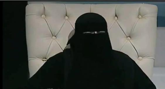 """فيديو - خادمة تمارس الرذيلة مع أصحاب البيوت: """"إحنا جواري السلطان"""""""
