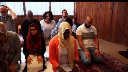 فيديو - أول مسجد مختلط في أميركا!