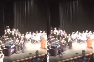بالفيديو: في حفل تخرجه.. طالب يحاول ضرب مُعلميه