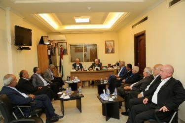 قيادتا فتح وحماس في لبنان تعقدان لقاء مركزيا