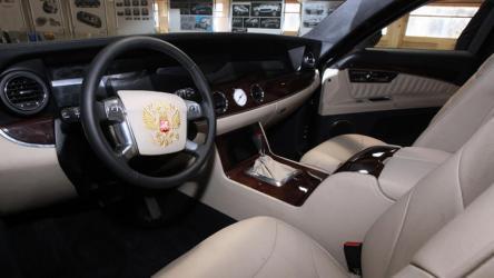 بالصورة: سيارة الرئيس الروسي تزود بأقوى محرك في تاريخ البلاد!