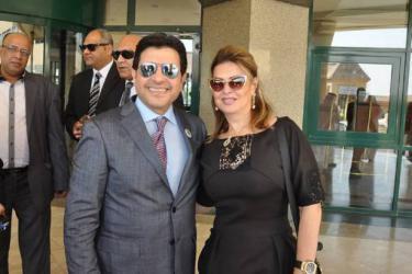 هاني شاكر و زوجته