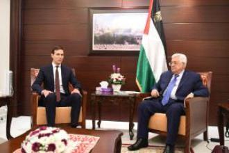 الرئيس محمود عباس و مستشار الرئيس الأميركي جاريد كوشنير