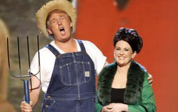 دونالد ترامب يغني مع ميجان مولي