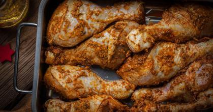 تتبيلة افخاذ الدجاج المشوي في الفرن