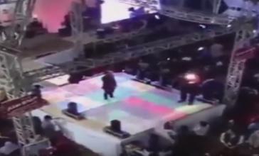 بالفيديو.. شاهد لحظة مقتل طفل برصاصة طائشة بحفل زفاف