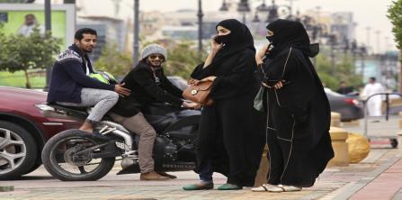 الكويت.. استدرجته بعد أن غازلها ففوجئ بما لم يتوقعه