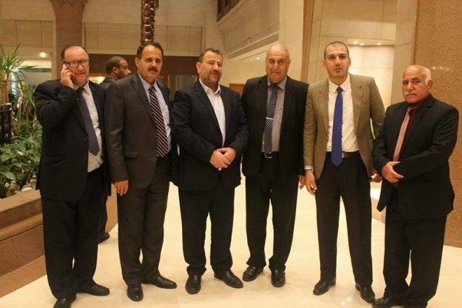 الشخصيات المستقلة بالقاهرة تجتمع بوفد حماس لتنفيذ المصالحة