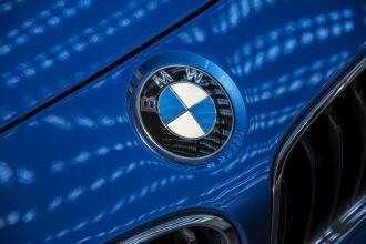 """""""BMW"""" تستدعي مليون سيارة لمشاكل قد تؤدّي لاندلاع حريق"""