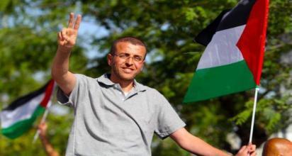 الإفراج عن الأسير الصحفي محمد القيق غدا الأربعاء