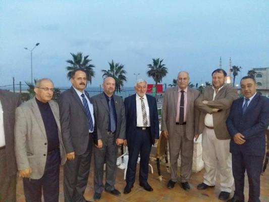 الشخصيات المستقله تجتمع مع وزير الزراعة سفيان سلطان