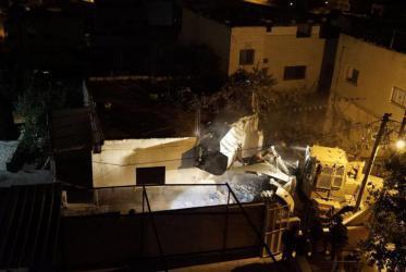 الاحتلال يهدم منزل عائلة أسير من قباطية