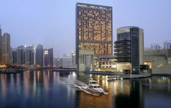 التحضير لافتتاح أطول فندق في العالم بإمارة دبي