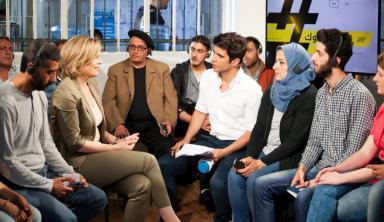 استطلاع: أغلب الألمان يأملون في توافر المزيد من السلطة لساسة شباب