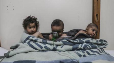 """ظهور أعراض لاستخدام غاز """"الكلور"""" بعد انفجار قرب دمشق"""