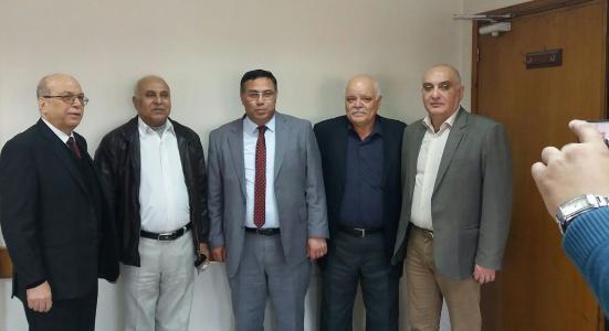 المتقاعدون العسكريون يلتقون الوزير ماجد الحلو بغزة