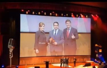 فلسطيني يفوز بجائزة أفضل موظف بإسبانيا