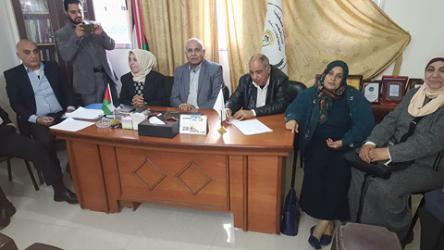 في اطار التواصل اللواء فنونة يلتقي بالمتقاعدات العسكريات بغزة