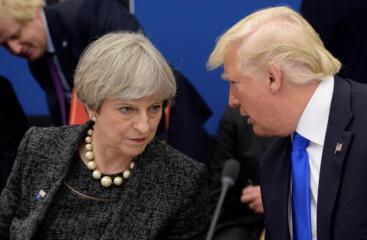 رئيسة الوزراء البريطانية تيريزا ماي و الرئيس الأمريكي دونالد ترامب