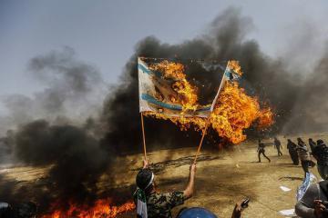 هآرتس:إسرائيل تعتبر مظاهرات غزة جزء من حالة حرب