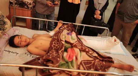 """بتر ساق الطفل الفلسطيني """"عبد الرحمن نوفل """" من غزة"""