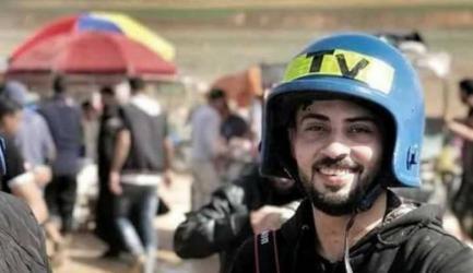 استشهاد الصحفي أحمد أبو حسين متأثرًا بجراحه