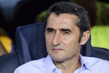 هل يغامر فالفيردي بمباراة برشلونة وإشبيلية في نهائي الكأس؟
