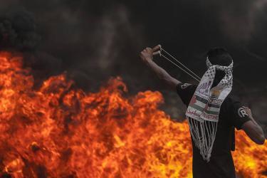 مواجهات في الخليل وقلقيلية والاحتلال يعتقل مواطناً على حاجز الكونتنينر