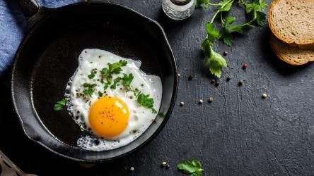 دراسة صينية توصي بتناول بيضة باليوم.. وهذا السبب!