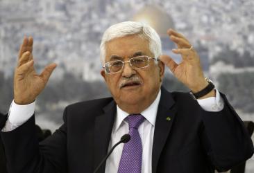 """يديعوت: الرئيس عباس رفض """"مبادرة سياسية"""" قدمتها إسرائيل لإنهاء أزمة غزة"""