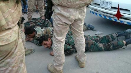 شاهد: روسيا تعتقل جنوداً للنظام سرقوا أثاث منازل بسوريا