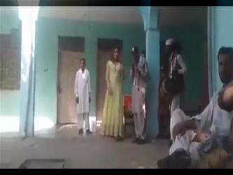 مقتل راقصة باكستانية أثناء حفل زفاف (فيديو)