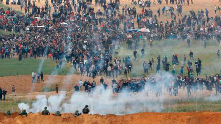 """عشرات الاصابات في قمع فعاليات """"جمعة عمال فلسطين"""""""