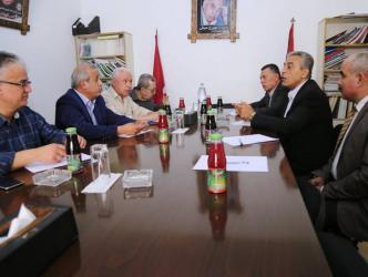اجتماع بين الشعبية وفتح في غزة