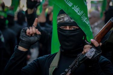 صحيفة: حماس رفضت ربط حصار غزة بقضية الجنود الأسرى لهذا السبب