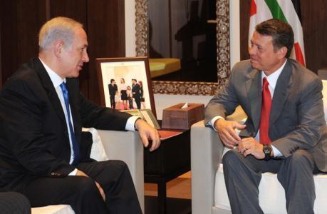 """نتنياهو التقى العاهل الأردني في عمان وبحثا """"خطة السلام الأمريكية"""""""
