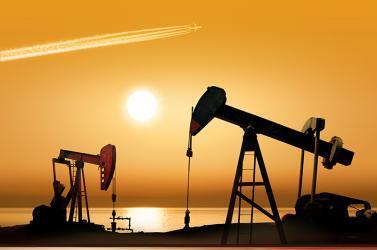 أمريكا تطلب من حلفائها وقف استيراد النفط من إيران
