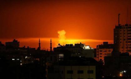 طيران الإحتلال الحربي يُغير على أهداف للمقاومة جنوب قطاع غزة