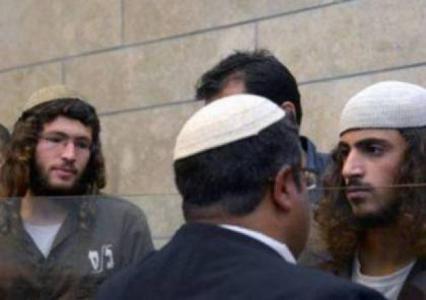 """على مسمع شرطة الاحتلال.. مستوطنون صرخوا في وجه الجد دوابشة: """"حفيدك على المشواة"""""""