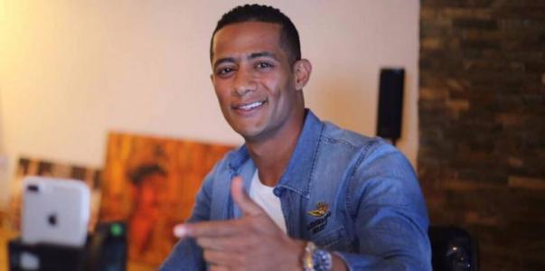 """محمد رمضان ينشر مقطعا جديدا من أغنيته """"نمبر وان"""" (فيديو)"""