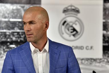 تعرف إلى المدرب المحتمل لخلافة زيدان في ريال مدريد