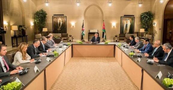 العاهل الأردني: نحن أمام مفترق طرق، إما توفير حياة كريمة للشعب أو الدخول بالمجهول